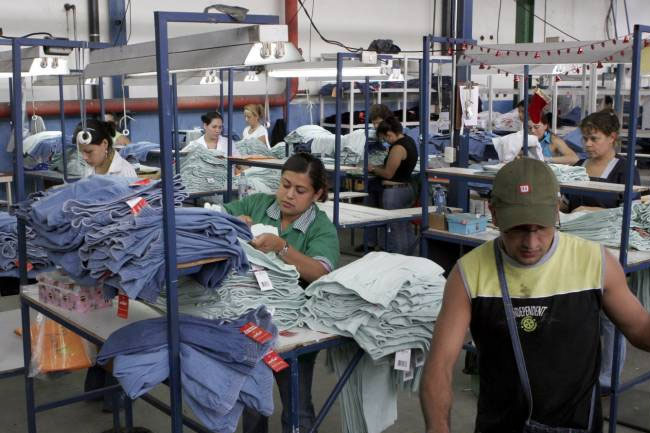 Industria de uniformes en México.