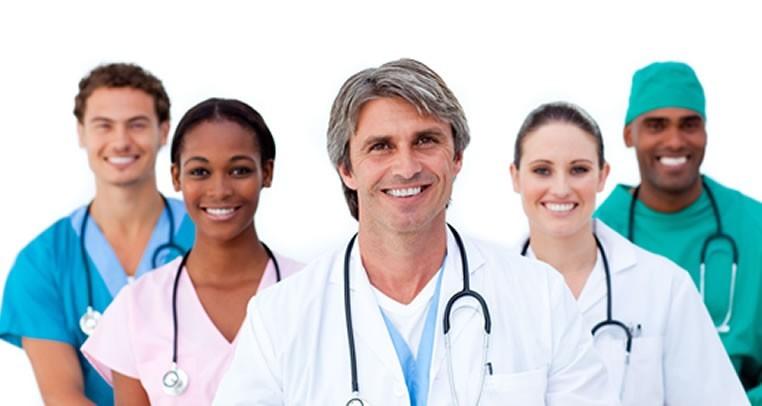 Uniformes médicos para damas y caballeros.