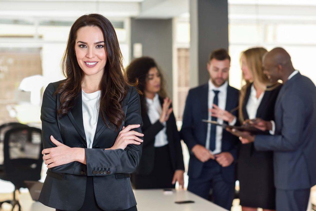 Uniformes empresariales para damas